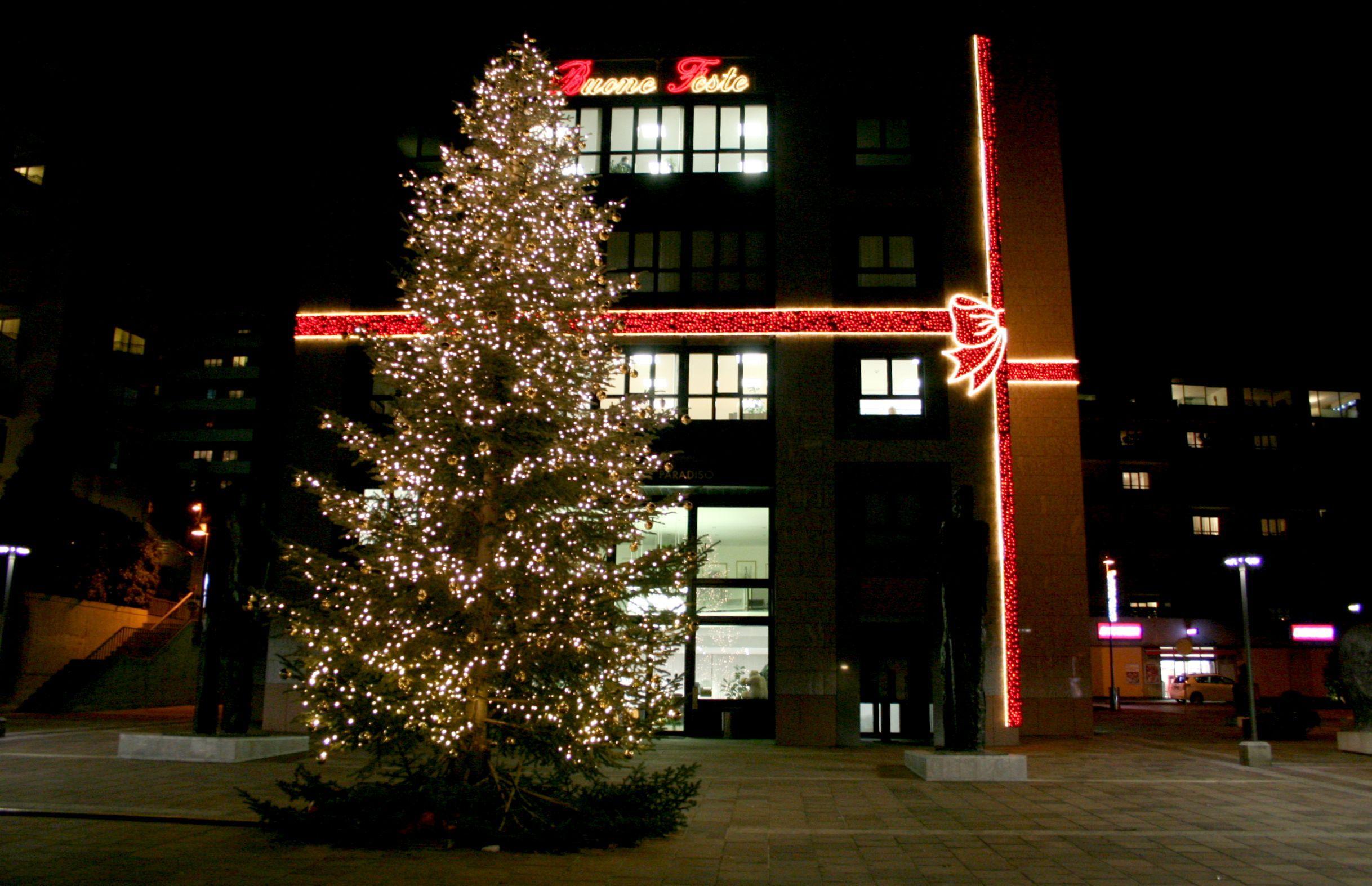 30 novembre: Accensione albero di Natale