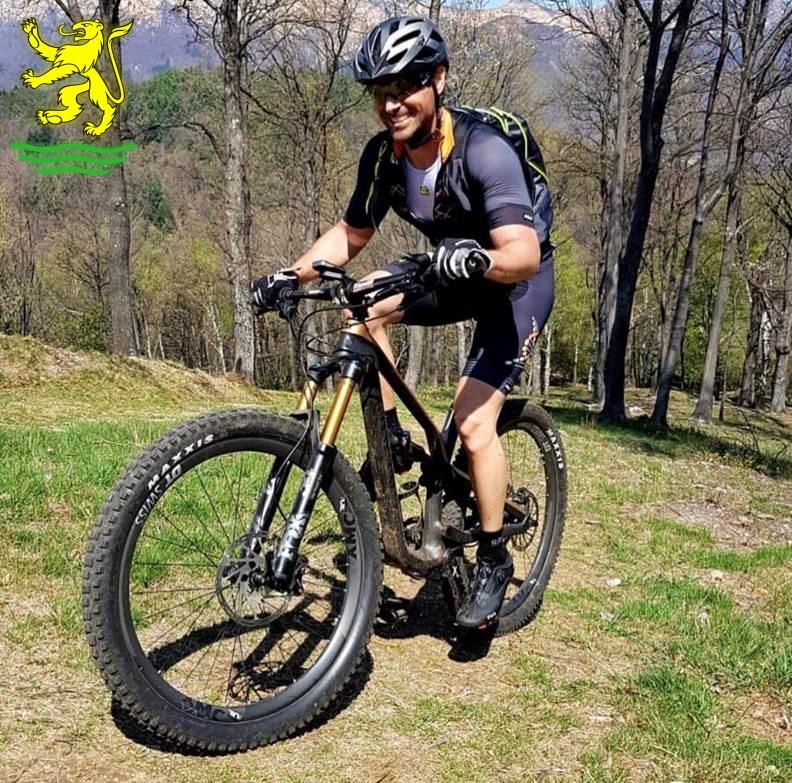 In bicicletta elettrica per muoversi meglio e proteggere l'ambiente